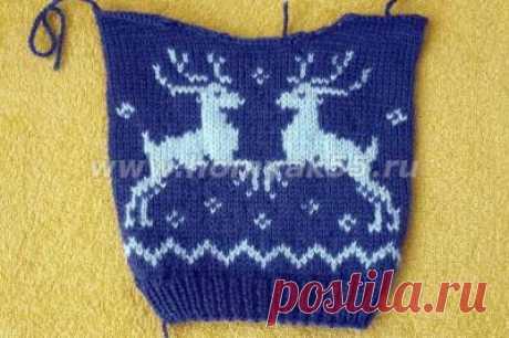 Вязаный свитер с оленями (одежда для кукол)