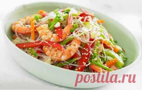 Этот низкокалорийный салат не позволит набрать лишнего, попробуйте! | Готовим рецепты | Яндекс Дзен