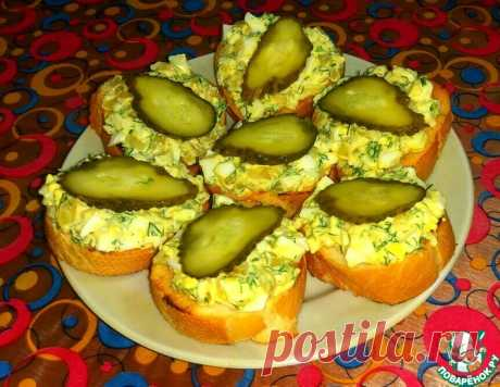 Закусочные бутерброды с луком и яйцом – кулинарный рецепт