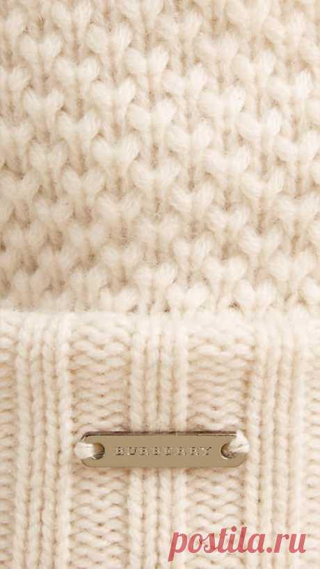 Ivory Fur Pom-Pom Beanie - Image 2