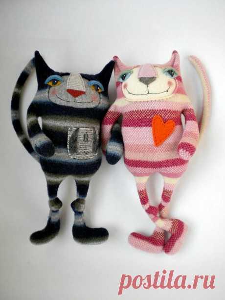 Фантастические игрушки-зверюшки из старых свитеров — Делаем руками