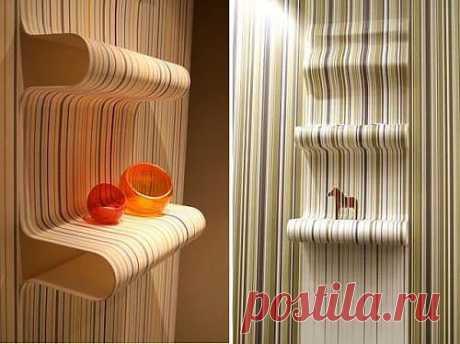 Необычные обои для стен: полки и светильники с обоев