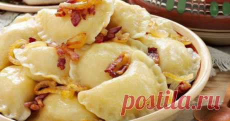 Vareniki which never boil soft! Vareniki — a tasty and nourishing dish which will be ideally suited to feed house. Their plus in what can be prepared for a week at once, and then only to get frozen and to boil. Most …
