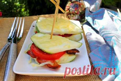 Сэндвичи из кабачка с беконом и помидором   Меню недели