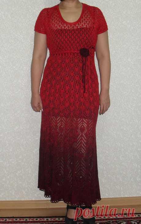 Павлинье платье с переходом цвета