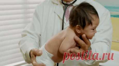 Педиатр раскрывает секрет, как моментально успокоить плачущего ребенка У врача-педиатра Роберта Гамильтона за плечами более 30 лет работы с детьми. И у него есть собственный метод, как их быстро успокоить.Способ простой и на удивление очень эффективный.    Успокоить плач…