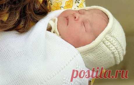 Шапочка для новорожденной принцессы Шарлотты Подробное описание