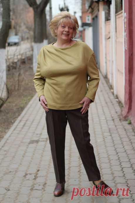 Блуза с драпировкой.