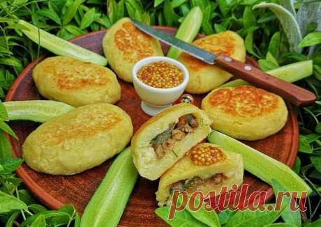 (11) Картофельные пирожки с грибами - пошаговый рецепт с фото. Автор рецепта Марина Дикарева . - Cookpad