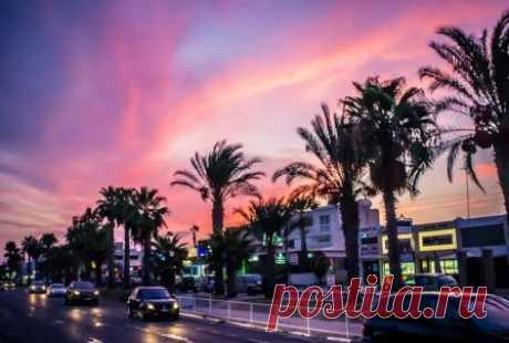 Что посмотреть в Ларнаке на Кипре, экскурсии, погода, отели, туры Что можно посмотреть в Ларнаке туристам во время отдыха на Кипре, достопримечательности, Ларнака на карте Кипра, погода, экскурсии, туры, отели, интересные места, фото.