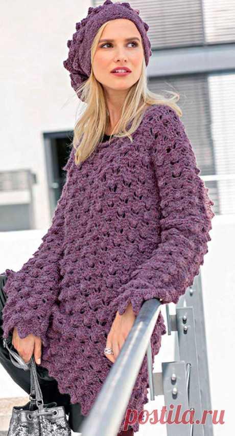 Пуловер и шапка с «шишечками»