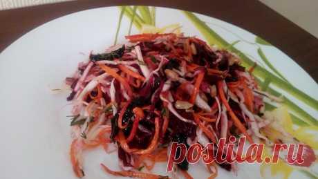 Салат из свежей капусты с отварной свёклой и нескучной заправкой | Эйфория. | Яндекс Дзен