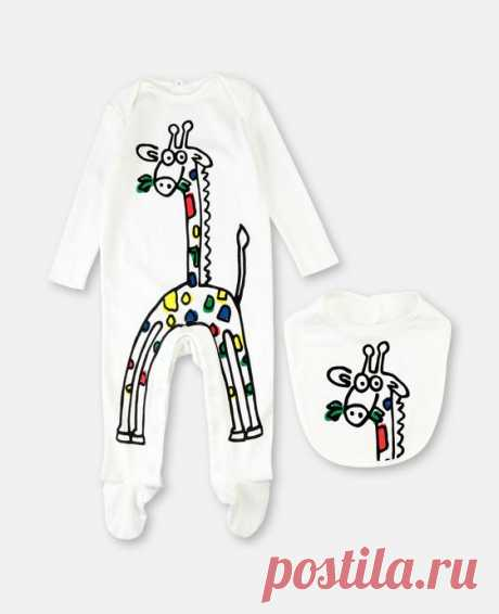 Cotton Rib Giraffe Set Playsuit & Bib - Stella Mccartney Kids Discover the Unisex's White Cotton Rib Giraffe Set Playsuit & Bib at Stella McCartney. Free standard shipping is available on all orders. Shop online now.
