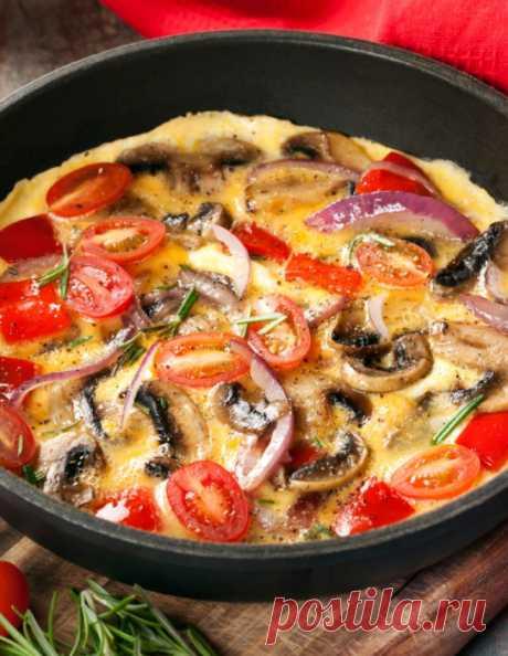 Омлет с грибами – 2 простых рецепта Как приготовить пышный омлет с грибами – 2 рецепта в сковороде и в духовке.
