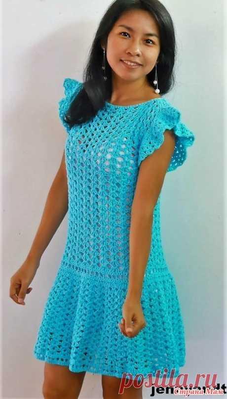 Ярко бирюзовое мини-платье Это бирюзовое летнее платье выполняется не сложным простым в исполнении узором. Пряжа хлопчатобумажная Let's get start!  Пряжа Lion brand 24/7 хлопок 1000 ярдов. -91 см.  Крючок – 2.5 мм