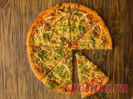 Пицца с фаршем в духовке - рецепт в домашних условиях, фото