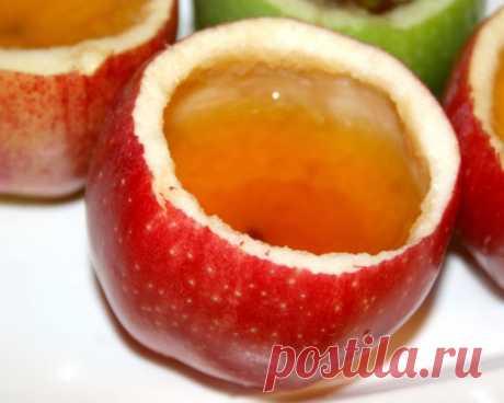 Лучший яблочный уксус — это уксус домашнего приготовления! Невероятно простые рецепты! Смотрите.. Как сделать яблочный уксус в домашних условиях? Вы удивитесь, как это легко и просто! Яблочный уксус является одним из видов уксуса, изготовленного из