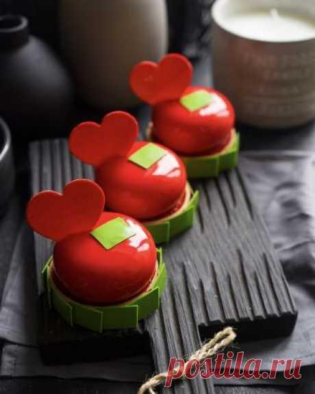 Современные муссовые десерты: пирожное «Бейзи Фрейз»   Andy Chef (Энди Шеф) — блог о еде и путешествиях, пошаговые рецепты, интернет-магазин для кондитеров  