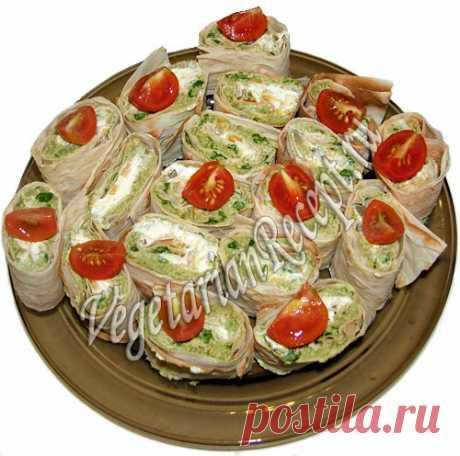 Рецепт: Армянский лаваш с начинкой - рулеты со стручковой фасолью Рецепт нежных рулетов из армянского лаваша с начинкой из стручковой фасоли. Отличная закуска!