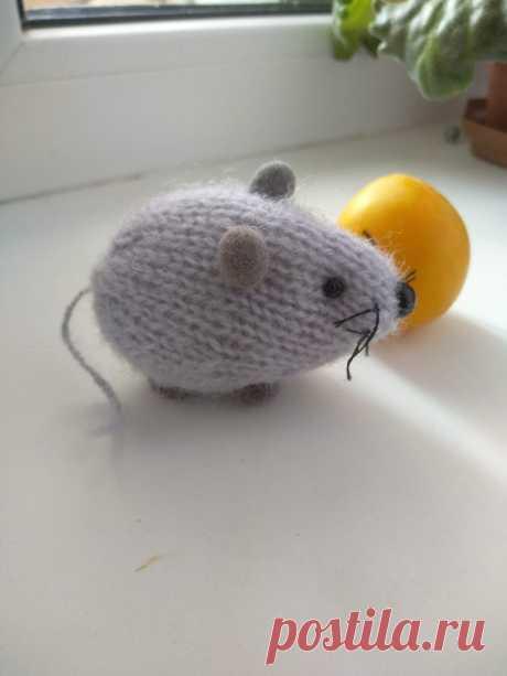 Мышка. Амигуруми. Вязаные игрушки - подарок любимым.