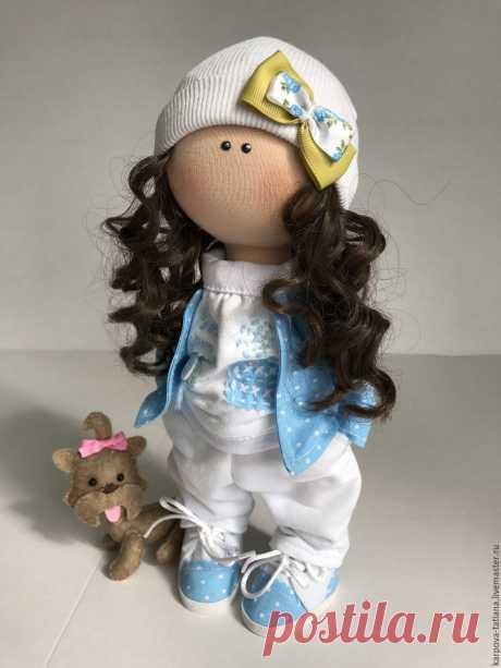 Кукла ручной работы. Самая деловущая их всех моих куклят.