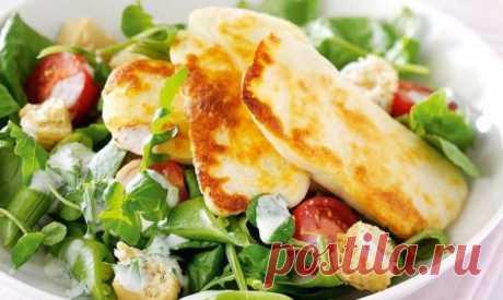 Салат с жареным сыром, горошком и помидорами рецепт с фото пошагово Салат с жареным сыром, горошком и помидорами - пошаговый кулинарный рецепт приготовления с фото, шаг за шагом.