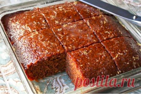 Шоколадный кекс «Ленивец» — простой и вкусный - КУХНЯ МИРА                   Десерт готовится быстро и легко. Получается кекс вкусным, мягким и нежным. Для приготовления понадобятся самые доступные продукты. Ингредиенты: мука — 300 г минеральная вода — 300 мл сахар — 150 г растительное масло — 150 мл разрыхлитель — 1 пакетик сливовое повидло — 6 ст.л. вишневый […]