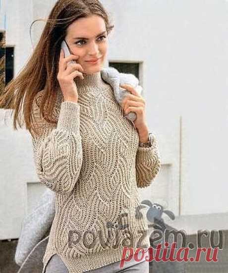 Кремовый пуловер вязаный спицами, описание и схема по ссылке:       https://povjazem.ru/vyazanie-dlya-zhenshchin/sviter-pulover/kremovyj-pulover-spicami