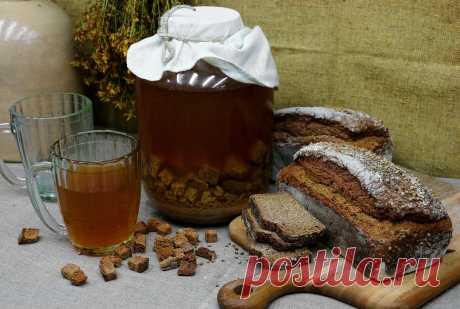 Рецепты приготовления вкусного домашнего кваса Этапы приготовления домашнего кваса на ржаном хлебе и дрожжах, без дрожжей. Деревенский рецепт кваса на муке и «бочковой» с цикорием.