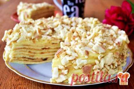 """Торт """"Светлана""""   Для тех, кто любит простую выпечку с минимумом усилий, покажу невероятно вкусный, простой и довольно быстрый торт """"Светлана"""". Нежные тонкие коржи и заварной крем - отличная идея десерта к чаю."""