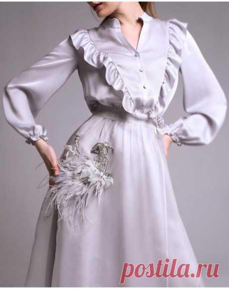 Топ -3 инстаграм бренда, одежду с вышивкой которых действительно можно носить! Вы бы ходили в обычной жизни? | VERA KRIVOLAP | Яндекс Дзен