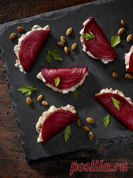 BLUE BEETROOT FOLD-OVERS   Castello Canada