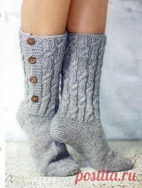 Вяжем стильные носки с пуговицами из категории Интересные идеи – Вязаные идеи, идеи для вязания