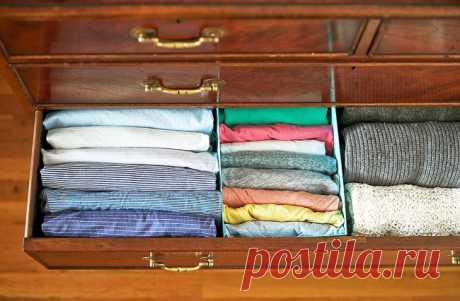 Секреты идеального порядка в шкафу Правильное хранение вещей в шкафу — это целое искусство в наше время. Одежды вечно много, а в шкафу места мало.Мы раскроем вам несколько секретов, как правильно хранить вещи, чтобы они не потеряли...