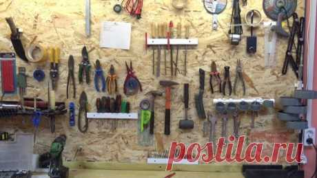 Держатель для инструмента из пластикового подоконника своими руками