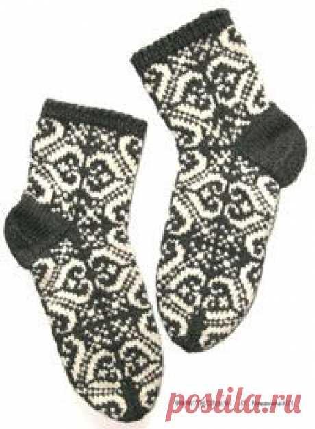 Красивые носки связанные жаккардовым узором