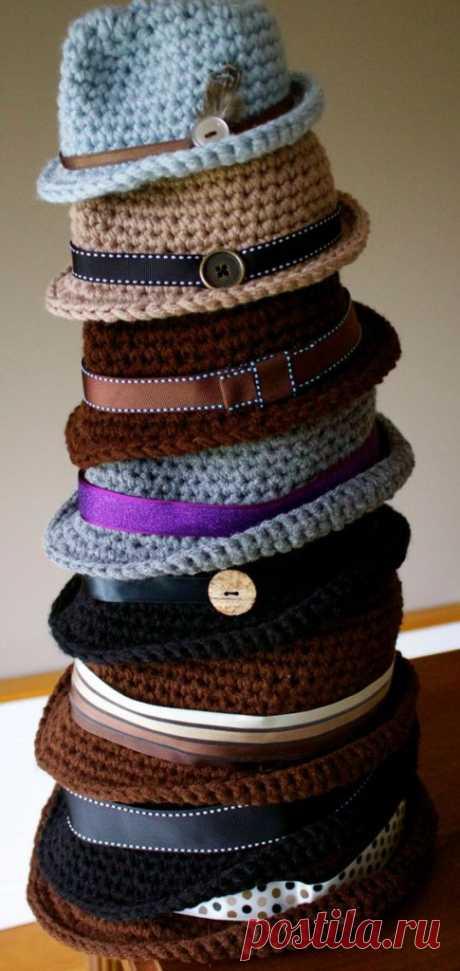 El sombrero con los campos por el gancho: como tejer, los esquemas y la descripción, diferente el modelo - Ladiesvenue.ru