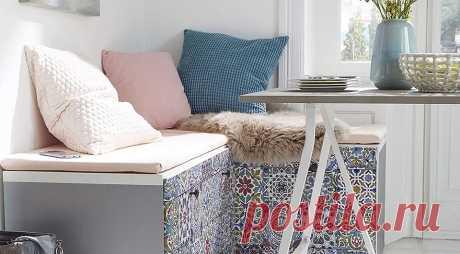 Как клеить самоклеящуюся пленку на мебель, ДСП и другие поверхности Рассказываем о преимуществах самоклейки, видах и даем подробные инструкции по оклейке дверей, мебели, книг и разных поверхностей.