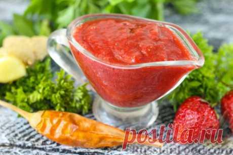 Клубничный соус с острым перцем чили