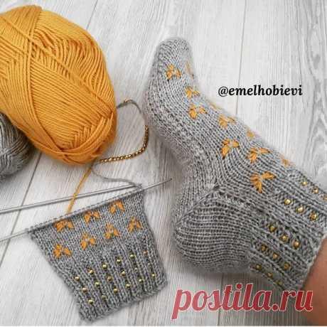 Симпатичные носочки, декорированные бусинами. Идеи.