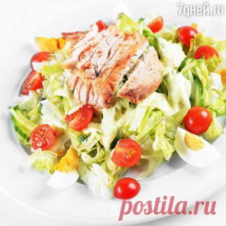 Легкий овощной салат с куриной грудкой: рецепт от актрисы Ангелины Стречиной