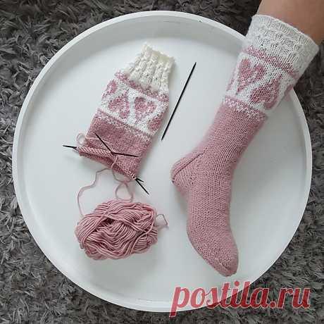 Сердечные носки by Sari Tiitinen