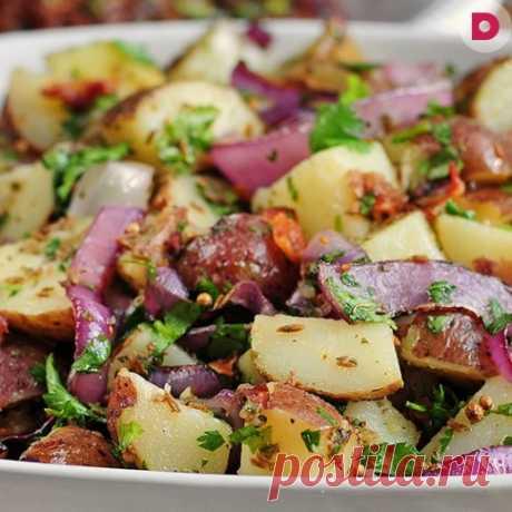Классический салат из картофеля, бекона и сыра, рецепт приготовления
