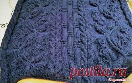 """Пуловер """"Кельтская цветочная лоза"""". Описание работы, схемы.  Пуловер """"Кельтская цветочная лоза""""  Привет, всем ко мне заглянувшим! Закончила я вязать тяжелый проект и вот показываю Вам. Тяжелый - потому что связан из темно-синей пряжи. А темный цвет вообще вяже…"""