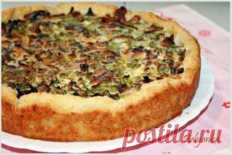 Вкусные и простые рецепты: Картофельный пирог с лисичками и зеленым луком