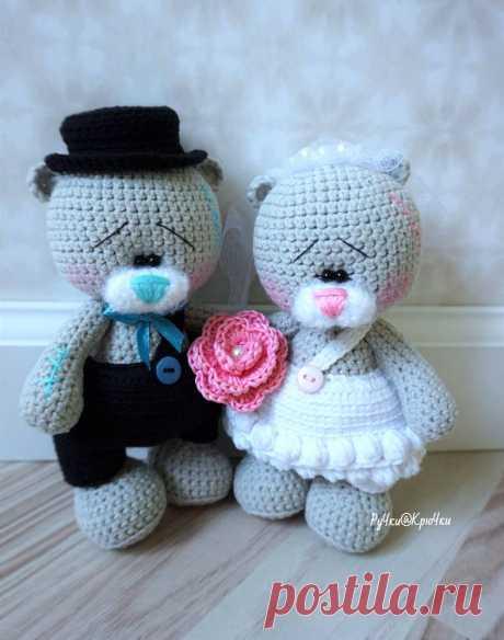 Свадебные мишки крючком. По описанию Татьяны Лысенко