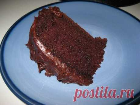 Шоколадный торт в мультиварке «Негр»  Ингредиенты  Какао-порошок - 4 столовые ложки Сахар - 2 стакана Сметана 15% жирности - 2 стакана Мука - 1 стакан Яйцо куриное - 1 штука  Приготовление  Вчера готовила свой коронный тортик, который меня еще ни разу не подвел и получается пышным и вкусным буквально всегда! А особенно, если готовить в мультиварке. Говорю сразу, что на фото торт из двойной порции, потому что готовился дл гостей. А так, на семьи будет впору и одной.  1. Зам...