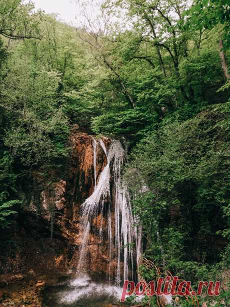 Чарующий водопад Крыма Джур-Джур. Место в которое хочется вернуться | Crimchane ➭ Путешествия с детьми | Яндекс Дзен