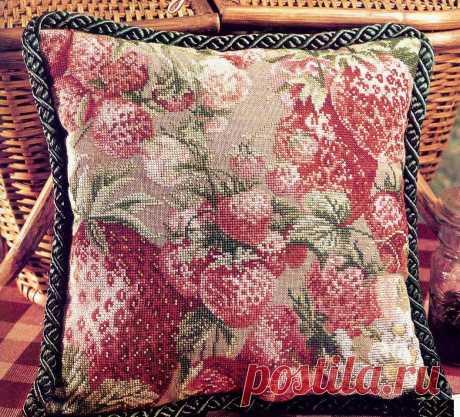 Обучающие уроки по вышивки подушек. Вышивка крестом на подушках с примерами схем
