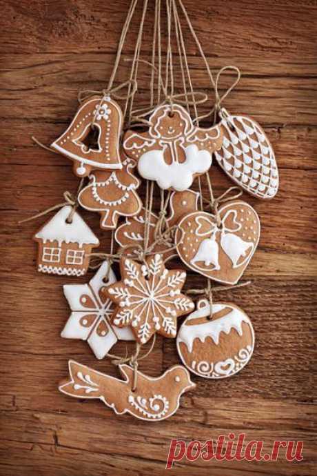 А мы приготовили для Вас подборку красивых формочек для приготовления рождественского печенья! В форме елочного шара, имбирного человечка, птичек и домиков - все это по цене от 30 рублей! Делайте заказ прямо сейчас и уже на это Рождество обрадуйте своих домашних красивой и вкусной выпечкой! :)